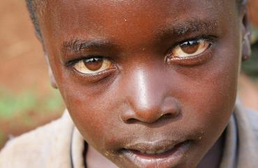 iconicsquared.com-photograph-rwanda-child-butare-3
